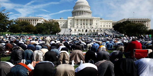 8d545-muslims_capitol